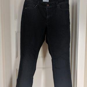 LOFT Jeans - Loft curvy kick crop jean